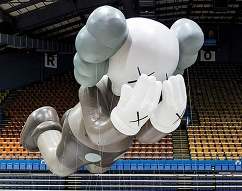 kaws thanksgiving Balloons brian donnelly companion