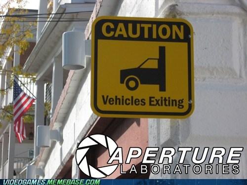 aperture Portal parking - 6712242688