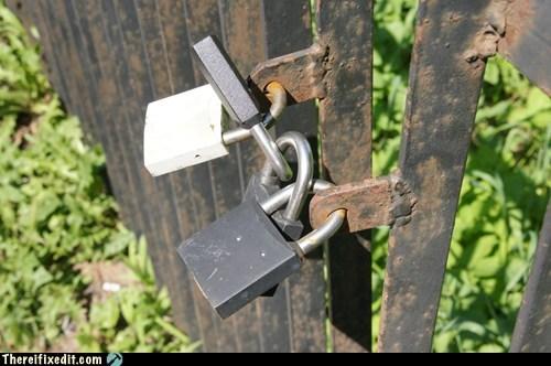 master lock lock padlock - 6713120256