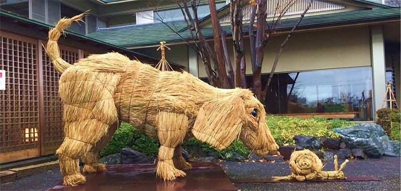 artist japanese giant sculptures straw rice harvest - 6716421