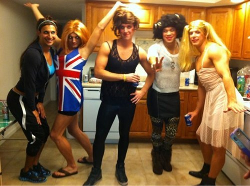 halloween costumes,cross dressing,the spice girls