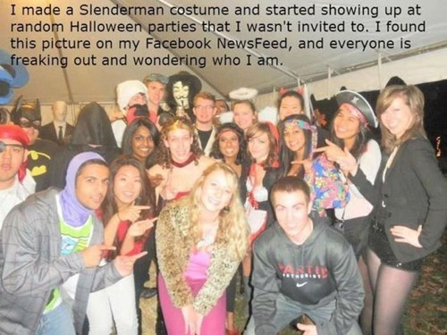 halloween costumes,slender man,photobombs,Party