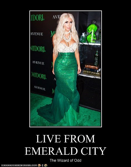 kim kardashian celeb demotivational funny - 6719587584