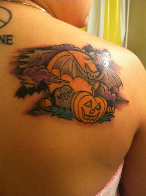 halloween,back tattoos,pumpkins