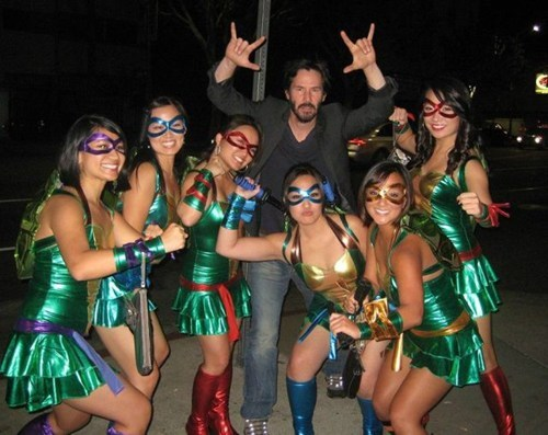 halloween costumes,keanu reeves,TMNT,ninja turtles
