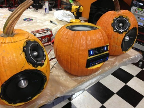 pumpkins,halloween,carving,DIY,stereo