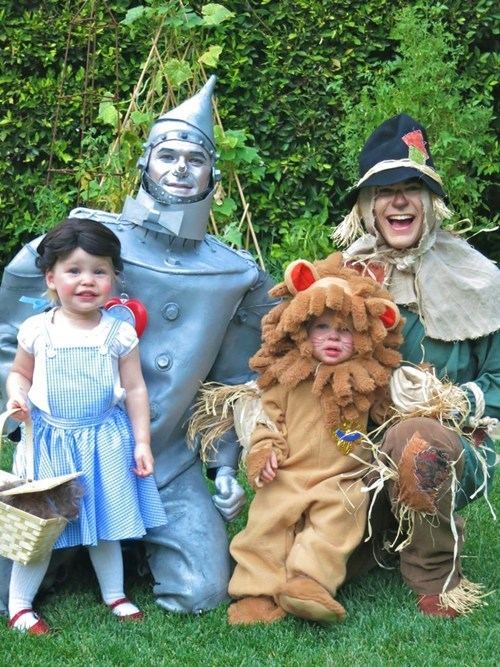 wizard of oz halloween actor celeb Neil Patrick Harris famously freaky g rated - 6725667072
