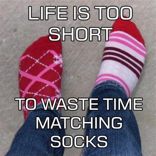 socks,mismatched