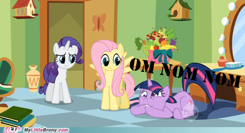 hooves om nom nom twilight sparkle - 6741790464