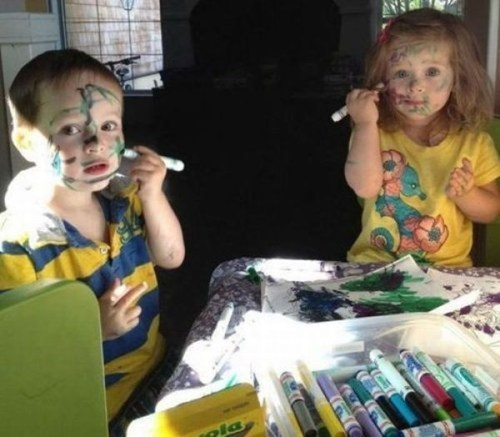 markers,messy kids,face painting