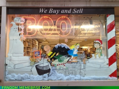 alice in wonderland,peanuts,Lord of the Rings,window display,winter