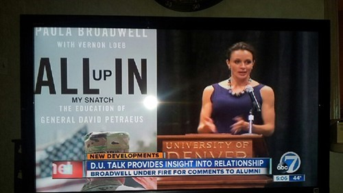 David Petraeus paula broadwell david petraeus cheating scandal - 6763817472