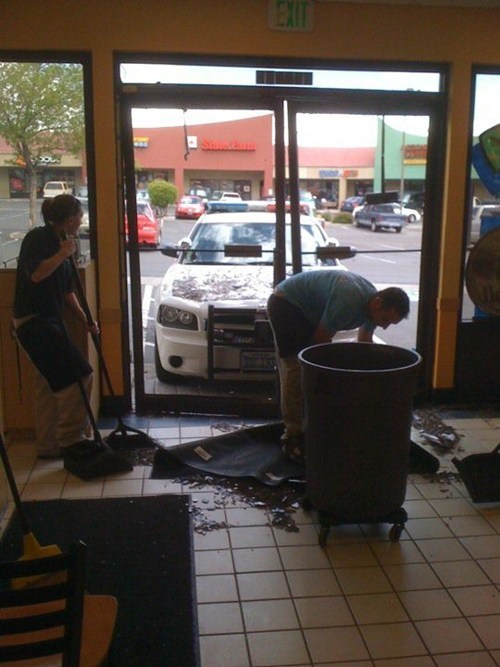 donut shop car crash car accident cop police - 6769327104
