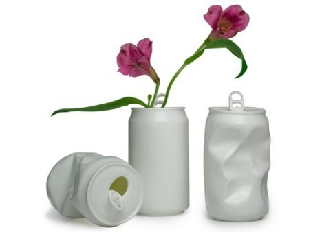 replicas,porcelain,soda cans,vases