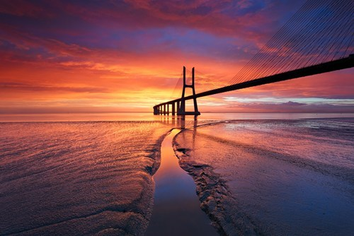 horizon,pretty colors,bridge,sunset