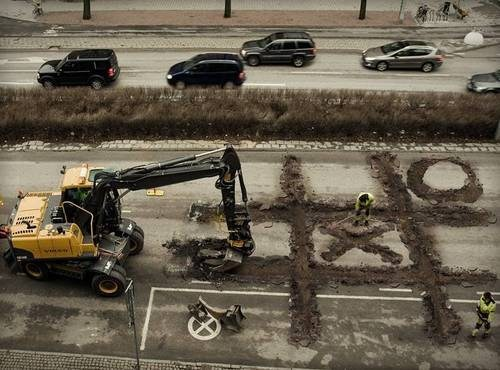 roadwork construction tic tac toe
