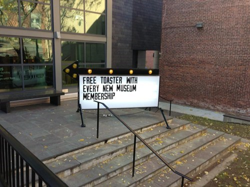 yes please,free stuff,offer,museum