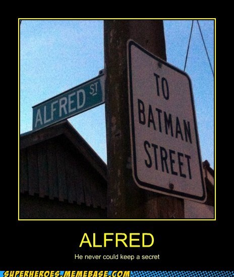 sign alfred batman - 6792333568