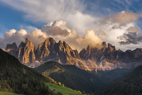 spine,landscape,mountains