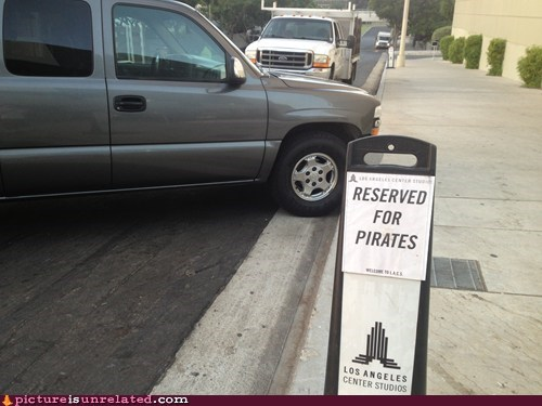 reservation cars pirates parking