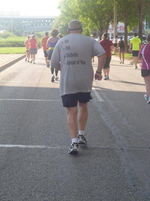 fat old man runners T.Shirt marathon diabetic - 6812302848