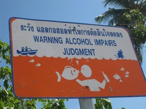 impaired judgment,warning,swimming,fish