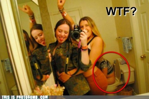 wtf bathroom girls - 6819050496