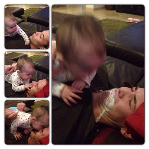 baby spit up dad - 6822916608
