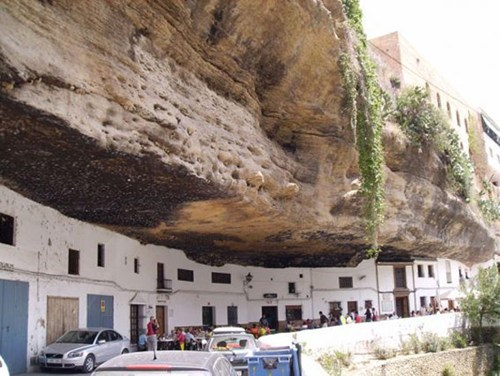 architecture rock city Spain cityscape gorge - 6824130560