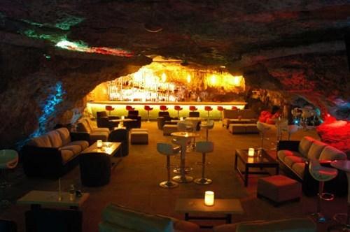 bar design classy cave - 6824474112