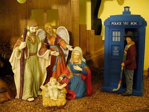 jesus,Nativity Scene,the doctor,tardis,tom baker
