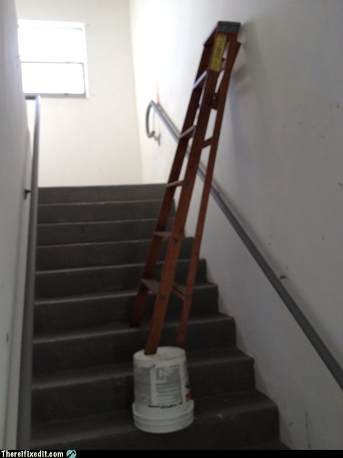 ladder stairway bucket step ladder