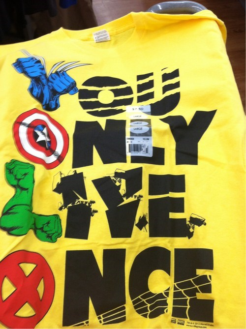 yolo T.Shirt The Avengers - 6837487616