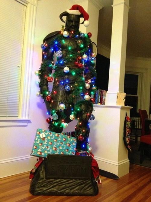 christmas dragonborn video game tree Skyrim funny holidays g rated sketchy santas - 6850722560
