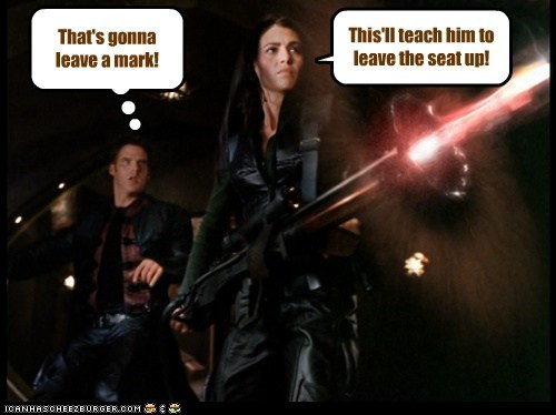 claudia black ben browder firing mark farscape laser john chrichton aeryn sun toilet seat - 6852099840