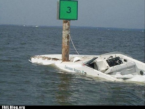 crash,boat,parking