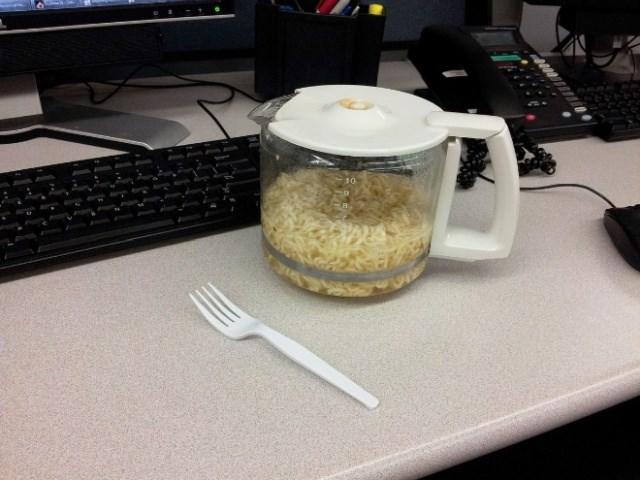 meals desk work lunch Memes food funny - 6862341