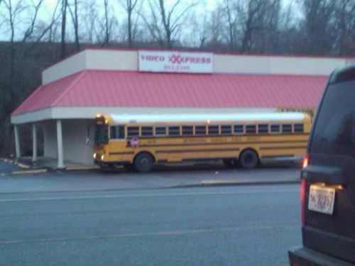 creepy,school bus,pr0n,bus