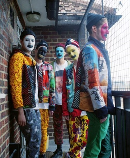 art students gang face paint - 6878604544