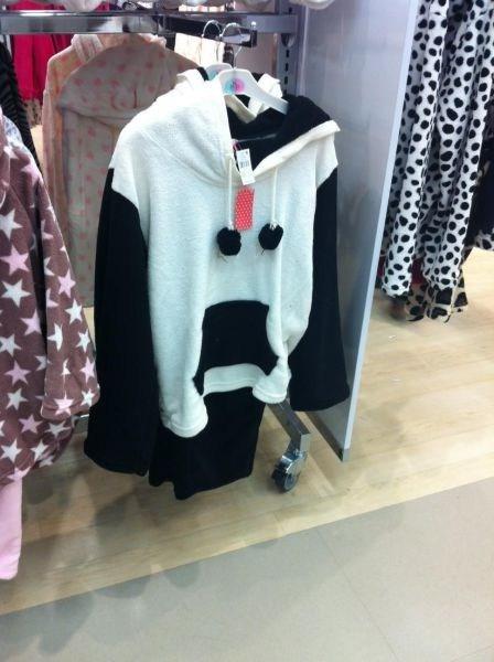 sweatshirt hoodie has a face - 6881620224