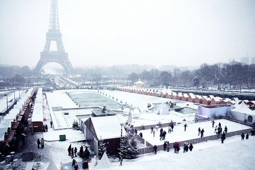 paris,snow,winter,france