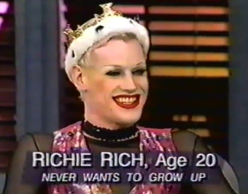 never grow up creepy TV richie rich - 6893723392
