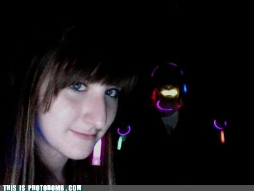 glowsticks,creepy,rave