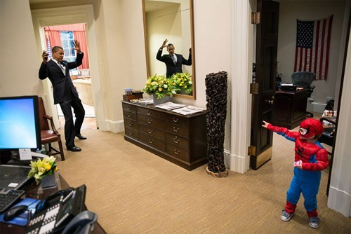 random act of kindness Spider-Man cute barack obama - 6901277440