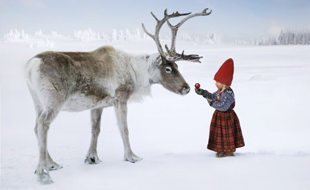 reindeer snow squee little girl holidays - 6901332480