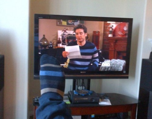 socks,how i met your mother