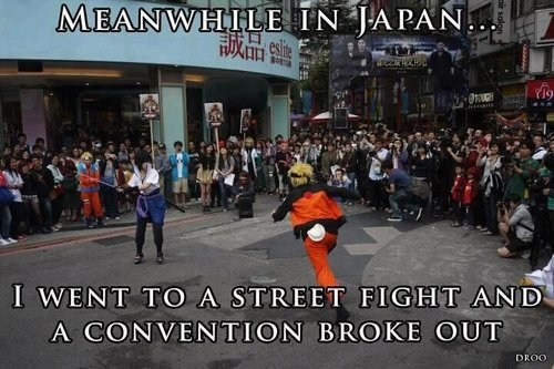 cosplay convention fight