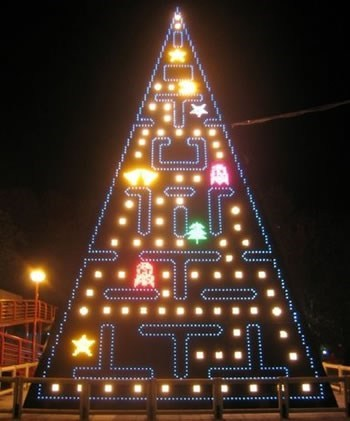 lights,pac man,tree
