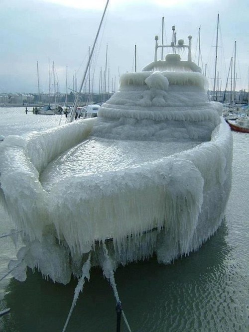 ice winter frozen boat