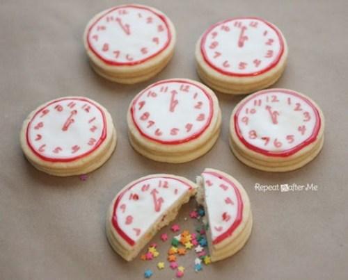 countdown new years baking cookies dessert clock